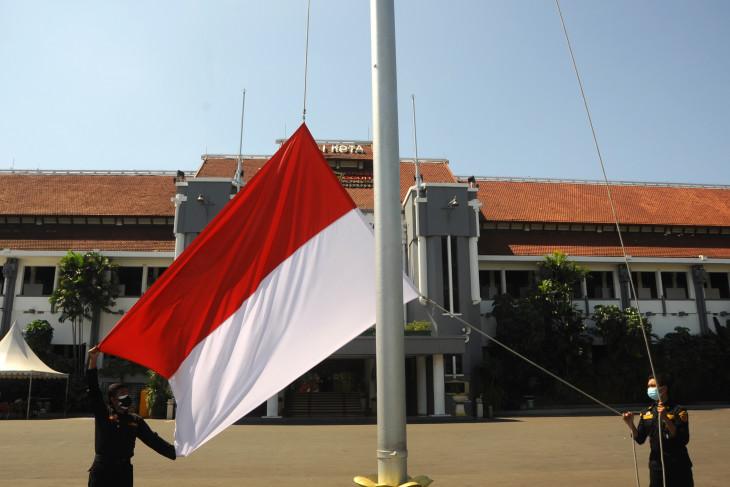 HUT ke-76 RI,  warga Surabaya diimbau kibarkan Bendera Merah Putih selama Agustus