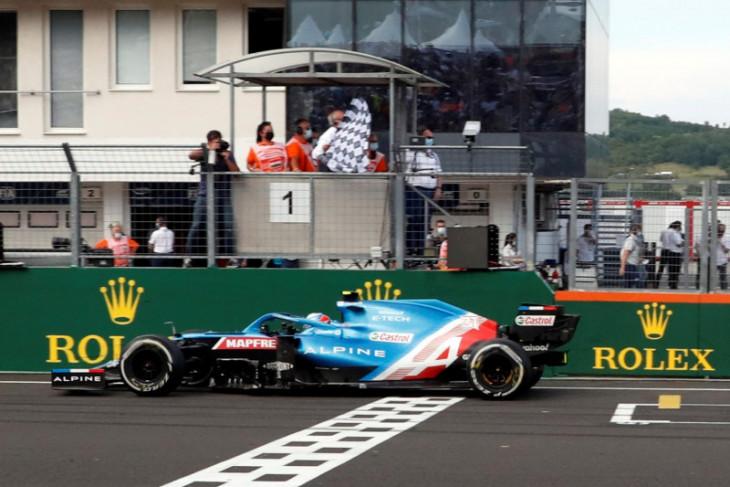 Juarai GP Hungaria, Esteban Ocon klaim kemenangan perdana di F1