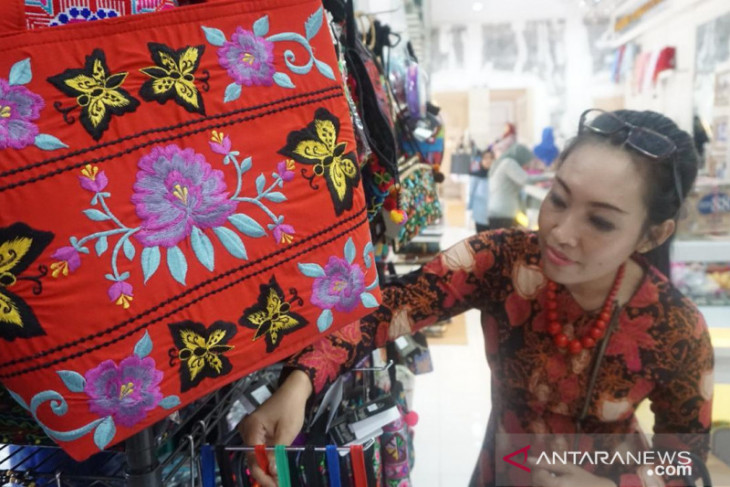 Bordir Tasik nan Cantik Siap Tembus Pasar Internasional