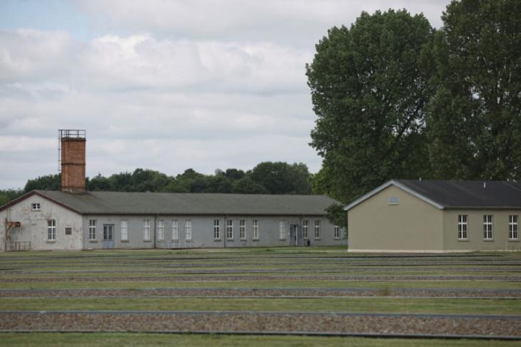 Bekas penjaga kamp Nazi berusia 100 tahun diadili di Jerman