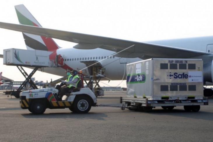 Kedatangan valsin hibah dari Inggris