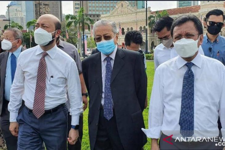 Para tokoh oposisi parlemen Malaysia berkumpul di Dataran Merdeka