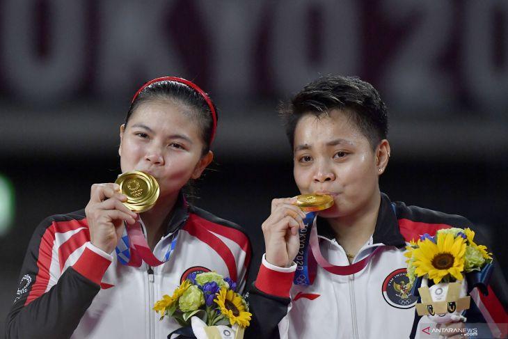 Olimpiade Tokyo: Greysia/Apriyani lengkapi kejayaan bulu tangkis Indonesia