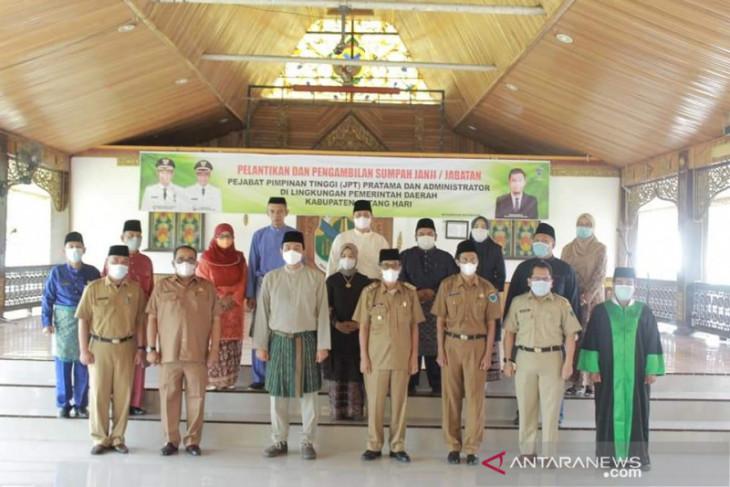 Bupati Batanghari lantik Pejabat Pimpinan Tinggi Pratama