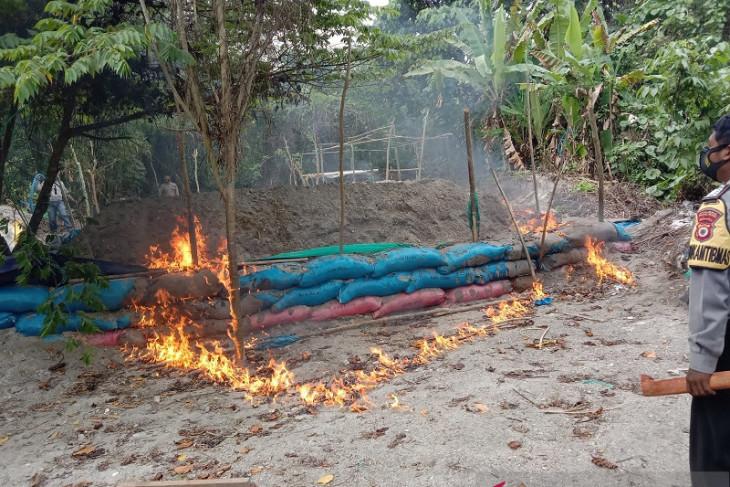 Aktivitas penambangan emas ilegal di Pulau Buru masih terjadi tegakkan aturan