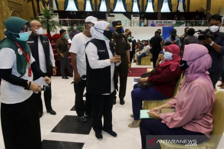 Gubernur Khofifah apresiasi perguruan tinggi bantu percepat vaksinasi di Jatim