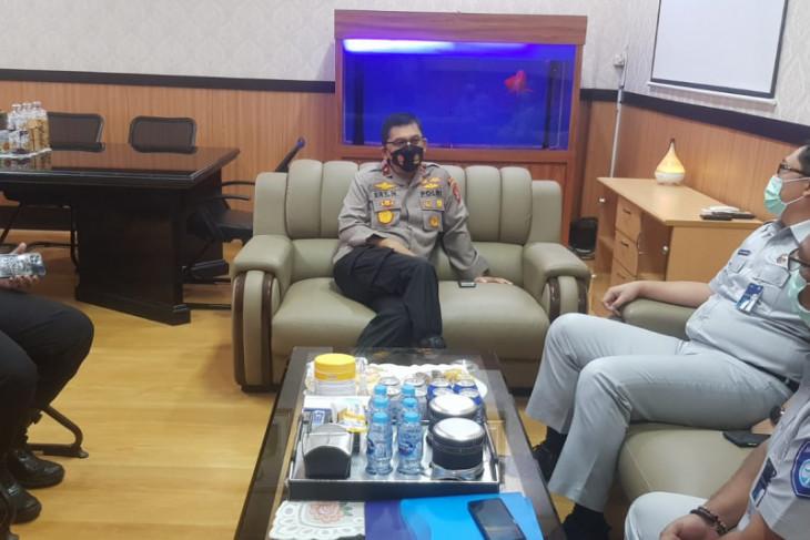 Kacab Jasa Raharja temui Wakapolda Banten bahas ketertiban lalu lintas dan Signal.