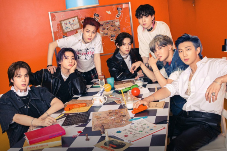 BTS bantah tegas tudingan manipulasi tangga lagu Billboard