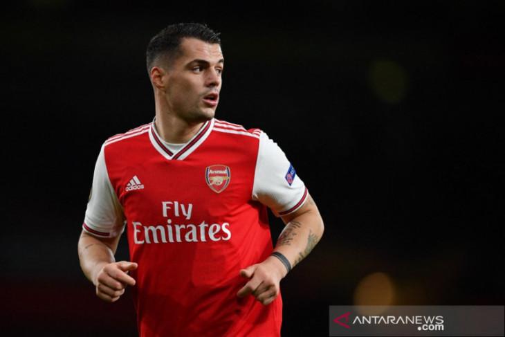 Granit Xhaka bertahan di Arsenal
