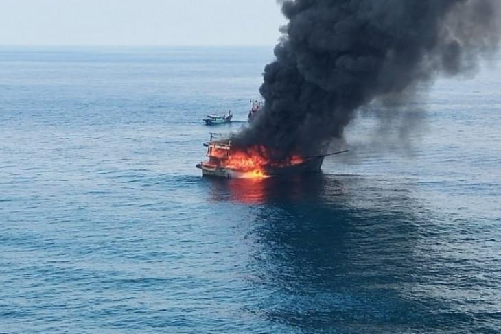 Satu ABK tewas dalam kebakaran kapal di Perairan Pulau Berhala