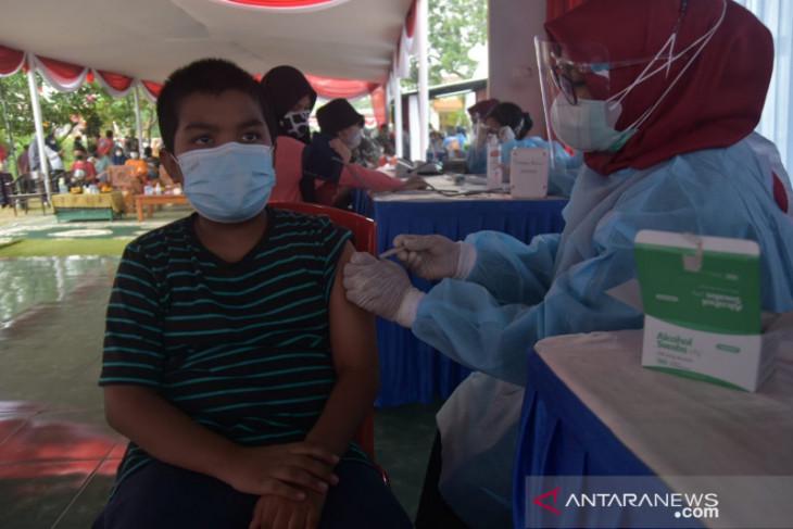 Pemkab Bekasi terapkan strategi wujudkan target percepatan vaksinasi