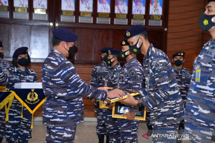 Ribuan prajurit TNI AL terima tunjangan dan pinjaman lunak pembelian rumah