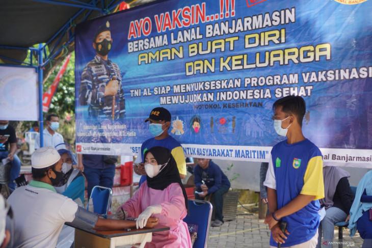 Dinkes-TNI AL percepat vaksinasi warga Desa Tabanio