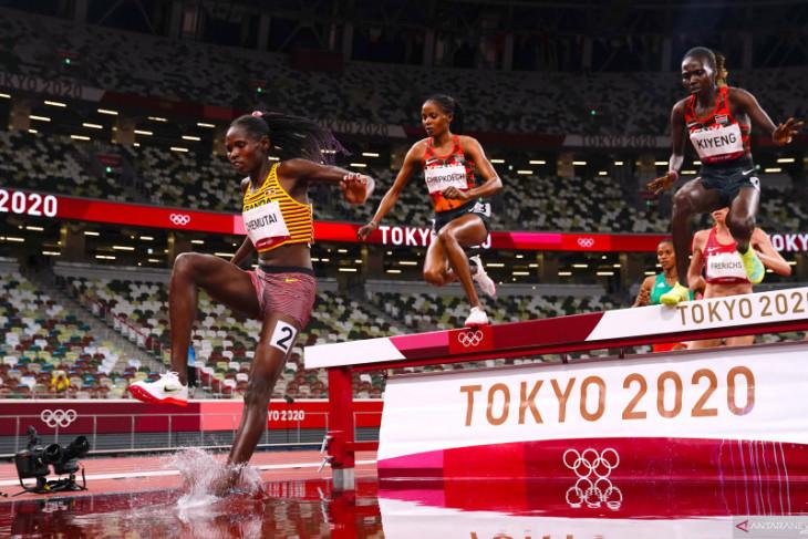 Chemutai mencetak sejarah sebagai atlet putri Uganda pertama peraih emas