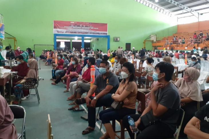 Polres Binjai lakukan vaksinasi massal tahap dua terhadap warga