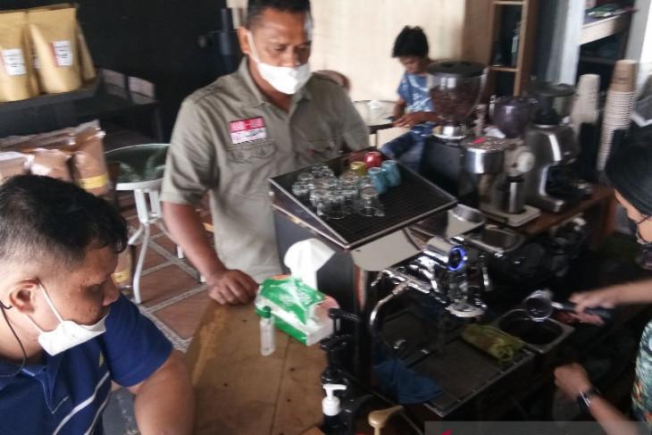 Pandemi justru bawa berkah usaha Bona Bulu Coffee Sipirok