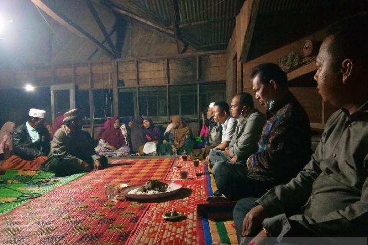 Dinas ESDM Provinsi Sumut bersama Syahrul Pasaribu kunjungi pembangunan PLTMH dua kabupaten