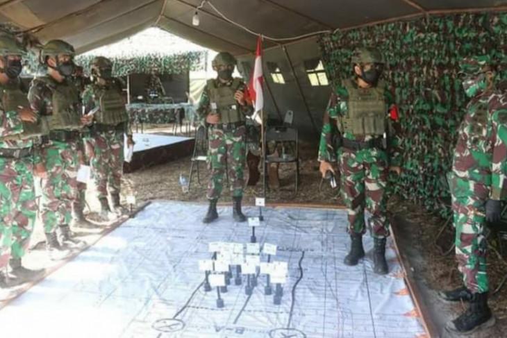 Pangdam XII/Tpr tinjau latihan Uji Siap Tempur prajurit TNI AD di Bengkayang