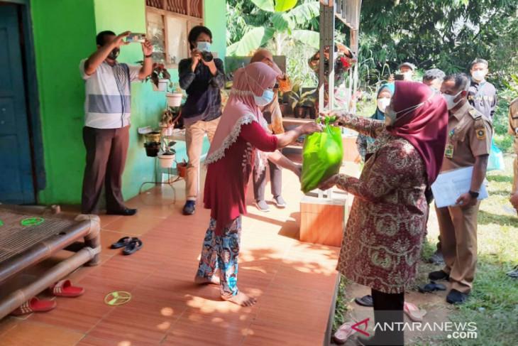 Pemkab Bogor cairkan biaya tak terduga Rp3 miliar untuk pengadaan bansos