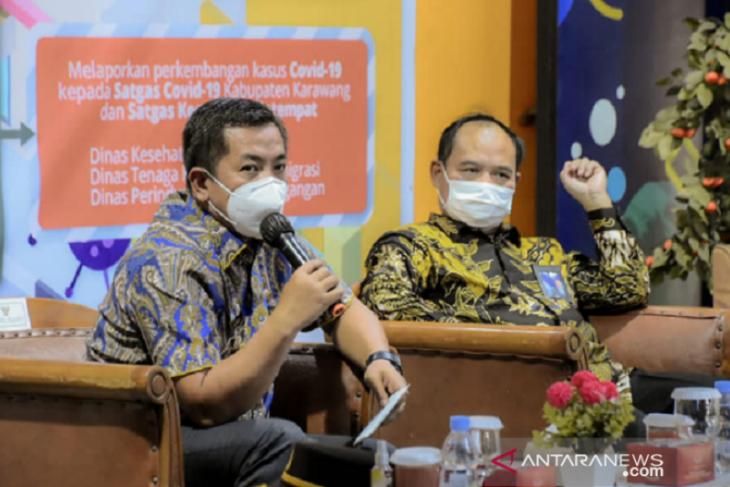 Wabup Karawang ingatkan pengelola mal tidak longgarkan prokes di masa PPKM Level 3