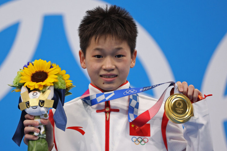Olimpiade Tokyo: Atlet 14 tahun asal China raih emas loncat indah