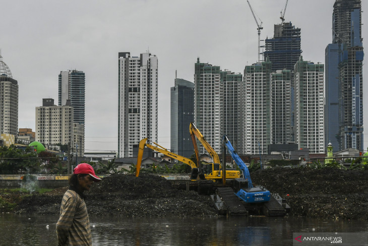 Jakarta caps office occupancy at 25% for non-essential businesses