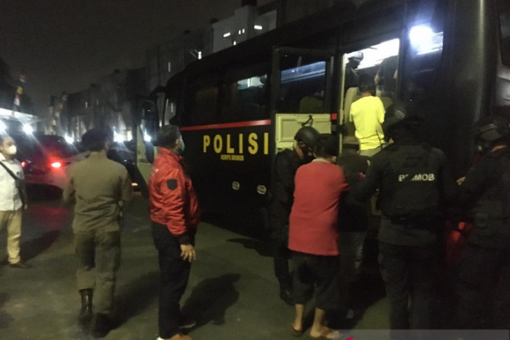 19 napi narkoba dipindahkan ke Nusakambangan bandar besar