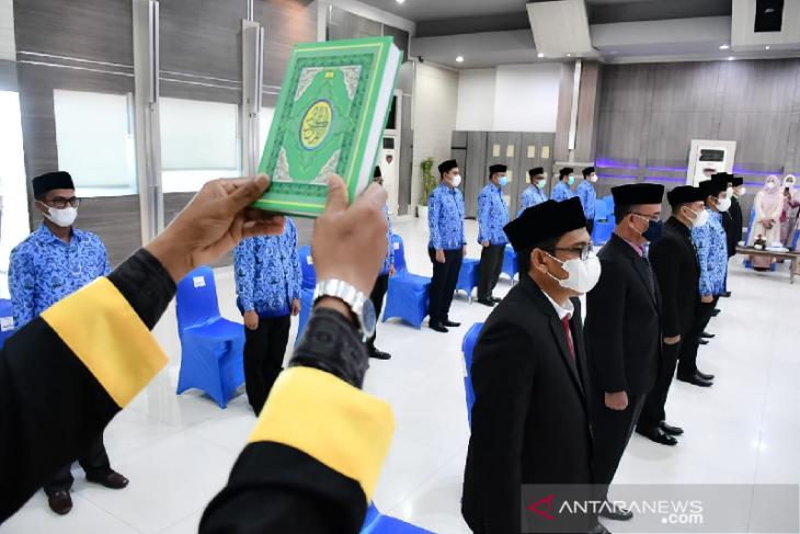 Aminullah lantik enam pejabat eselon II, untuk tingkatkan kinerja