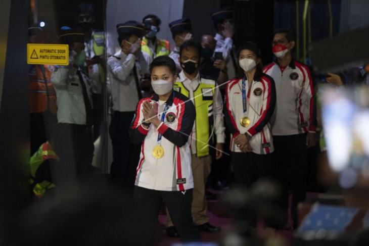 Kloter terakhir Kontingen Olimpiade Indonesia tiba