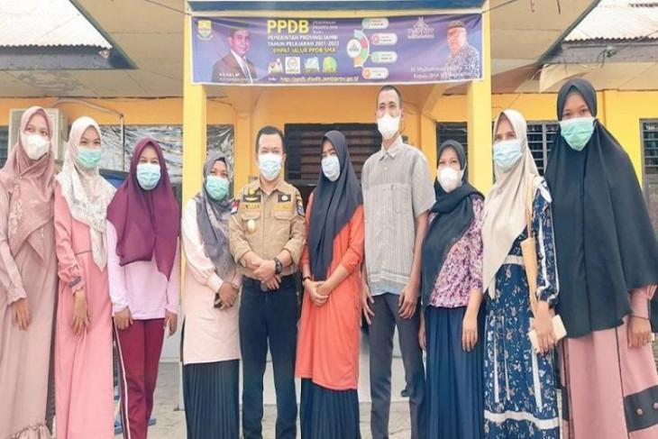 Gubernur Al Haris lakukan sidak ke SMAN 7 Batanghari