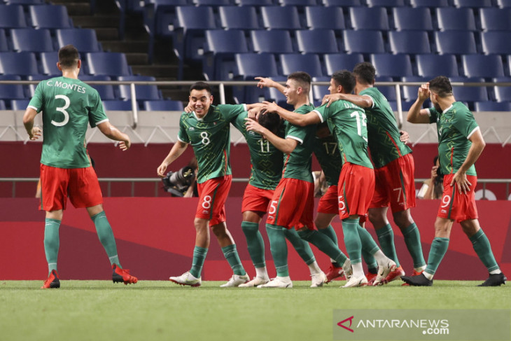 Meksiko raih perunggu sepak bola putra setelah bungkam Jepang 3-1