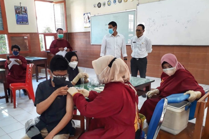 Vaksinasi Pelajar Kediri