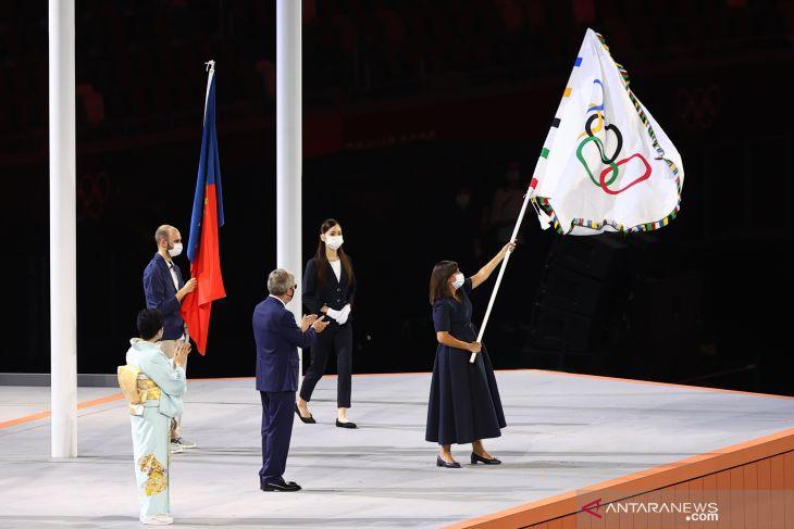 Tokyo serahkan bendera Olimpiade ke Paris untuk 2024