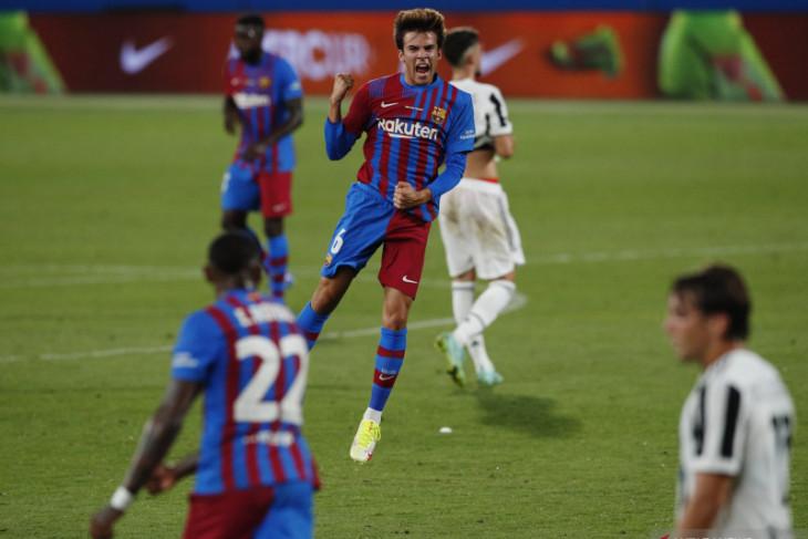 Era baru tanpa Messi, Barca menang 3-0 atas Juventus di Trofi Joan Gamper