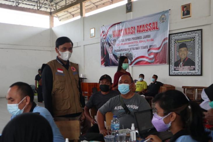 Ketua DPRD gelar vaksinasi massal bersama PSHT