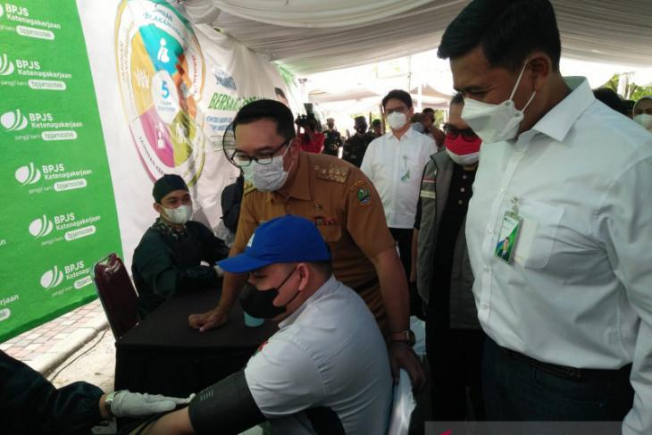 Gubernur Jabar klaim PPKM berhasil turunkan kasus COVID-19