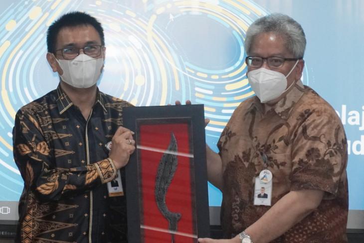 Bidik Sinergitas, Dirut Bank Banten Temui Dirut Bank BJB