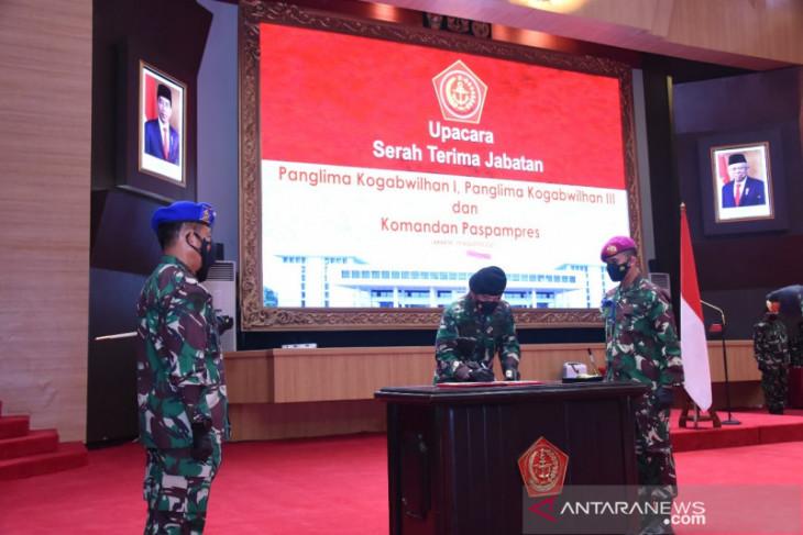 Panglima TNI mutasi 21 pati TNI