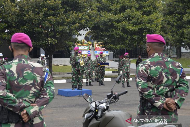 Kasal serahkan 25 unit sepeda motor kepada Korps Marinir