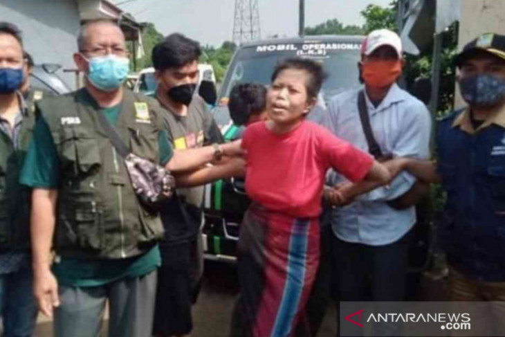 Ganggu kamtibmas, Dinsos Bekasi amankan dua ODGJ