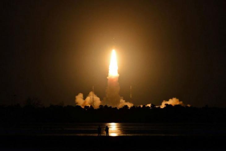 Peluncuran satelit India gagal