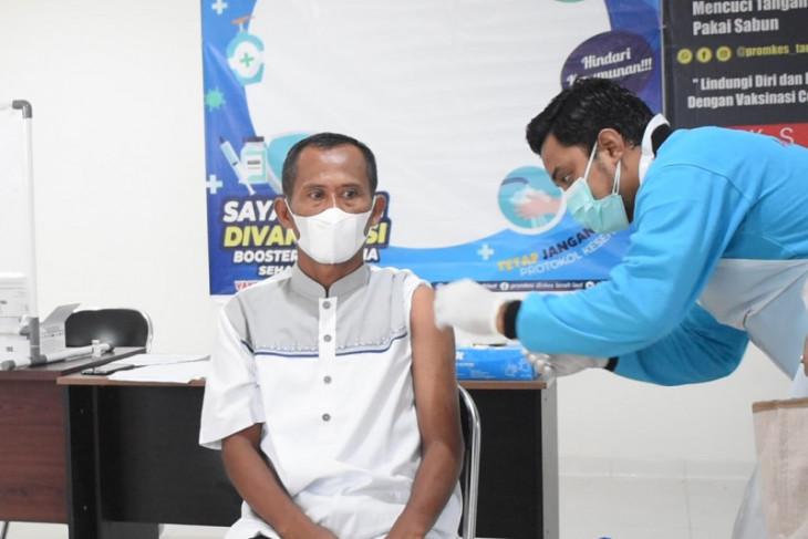 Dinkes kembali vaksinasi 1.778 nakes se-Tanah Laut
