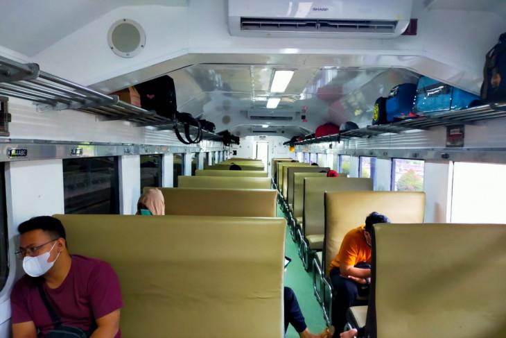 Jumlah penumpang kereta di Jember turun hingga 87,3 persen selama PPKM