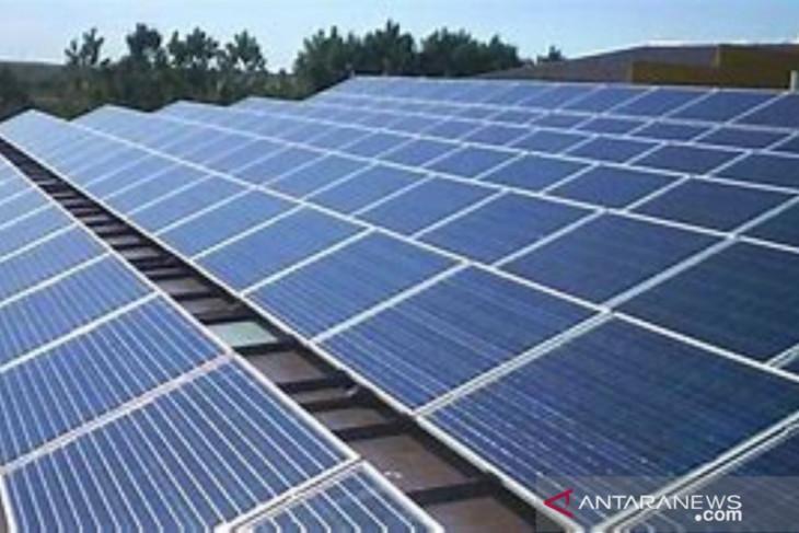 Tiga faktor ini jadi alasan pemerintah kebut  pembangkit listrik surya