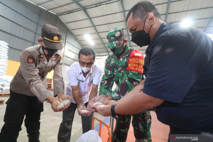 Bantuan Beras PPKM Tahap Dua di Kediri