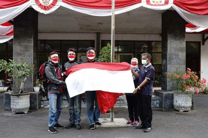 Pemkot Kediri kibaran bendera Merah Putih