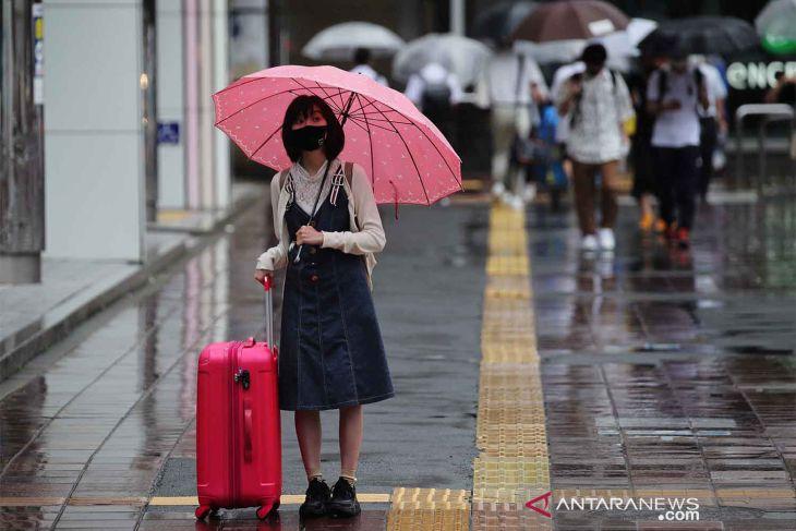 Jepang akan perpanjang pembatasan darurat COVID