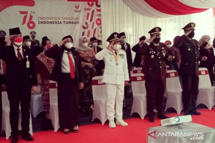 Walikota Pangkalpinang hadiri upacara detik-detik proklamasi kemerdekaan