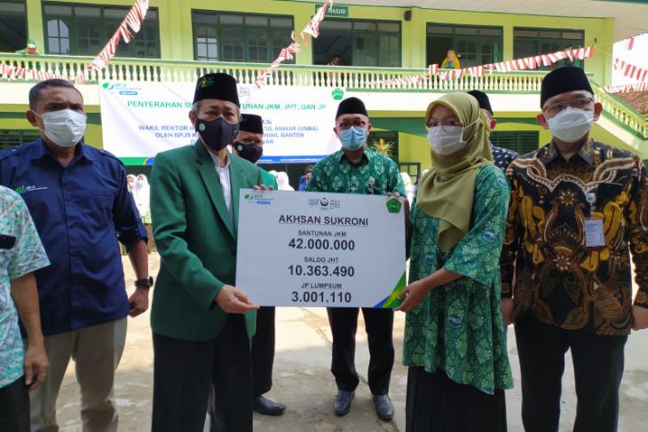 Ketum PB Mathla'ul Anwar : seluruh guru ustadz dan karyawan diikutsertakan dalam perlindungan program jamsostek