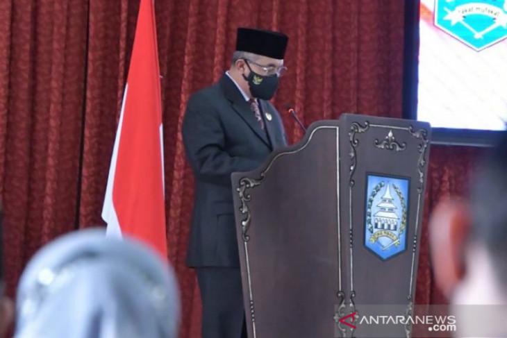 Bupati HSS sampaikan Raperda APBD perubahan tahun 2021 Kabupaten HSS